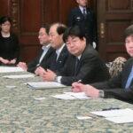 参議院選挙制度の改革に関する検討会に出席